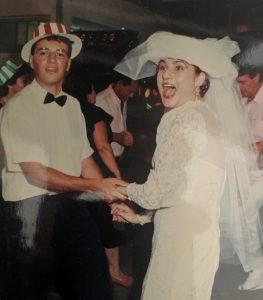 """האם התחתנתי עם חצ'קונים או בלי? אורית קדים """"חצי מאה ועוד שנה לפנים שלי"""""""
